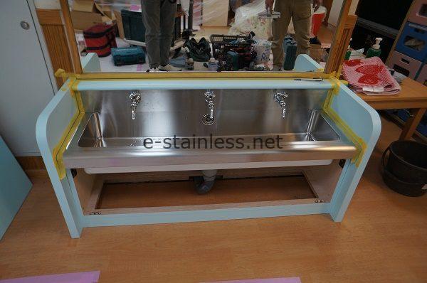 幼児用手洗いシンク、学校用ステンレスシンク特注
